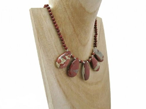 Brown Necklaces